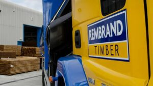 Rembrand-Timber-logo-truck
